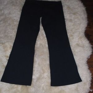LULULEMON BLACK FLARE PANTS ~ 10 ~ BACK LOGO
